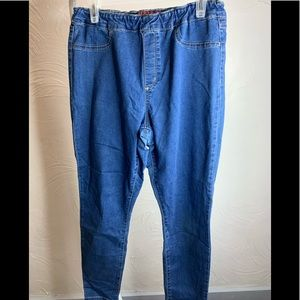 Juniors Arizona Jeans Co Med. Wash Jeggings Sz.15